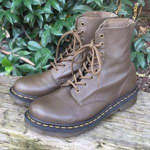 Dr Martens Pascal Grenade Green Virginia Boots
